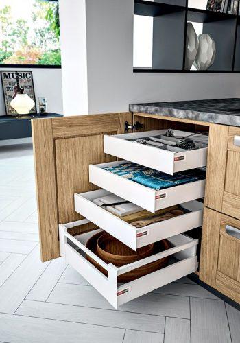 Meuble bas avec tiroirs & casseroliers à l'anglaise sur cuisine Truro-Boréal