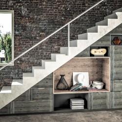 Composiition sous escalier