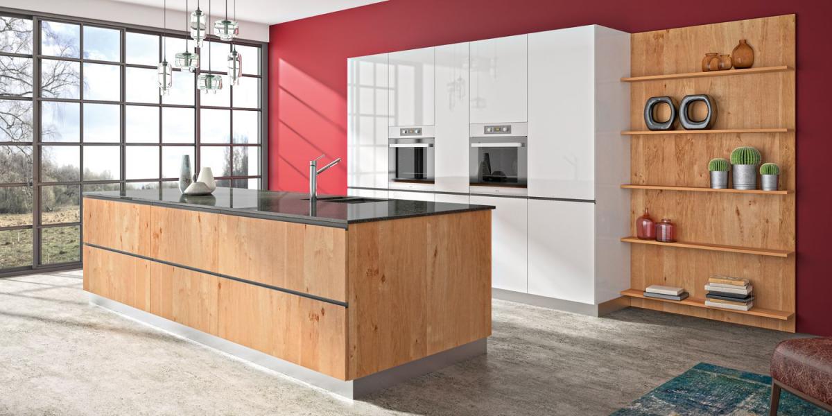 Méribel - Odraz - Cuisine bois moderne par SAGNE Cuisines